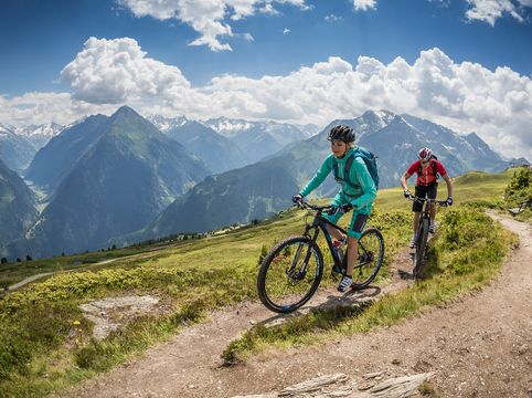 Mountain bike tours in the Zillertaler Alps